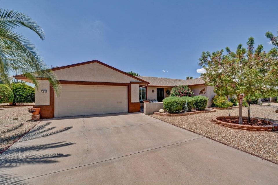 9205 W GLEN OAKS Circle N, Sun City, AZ 85351