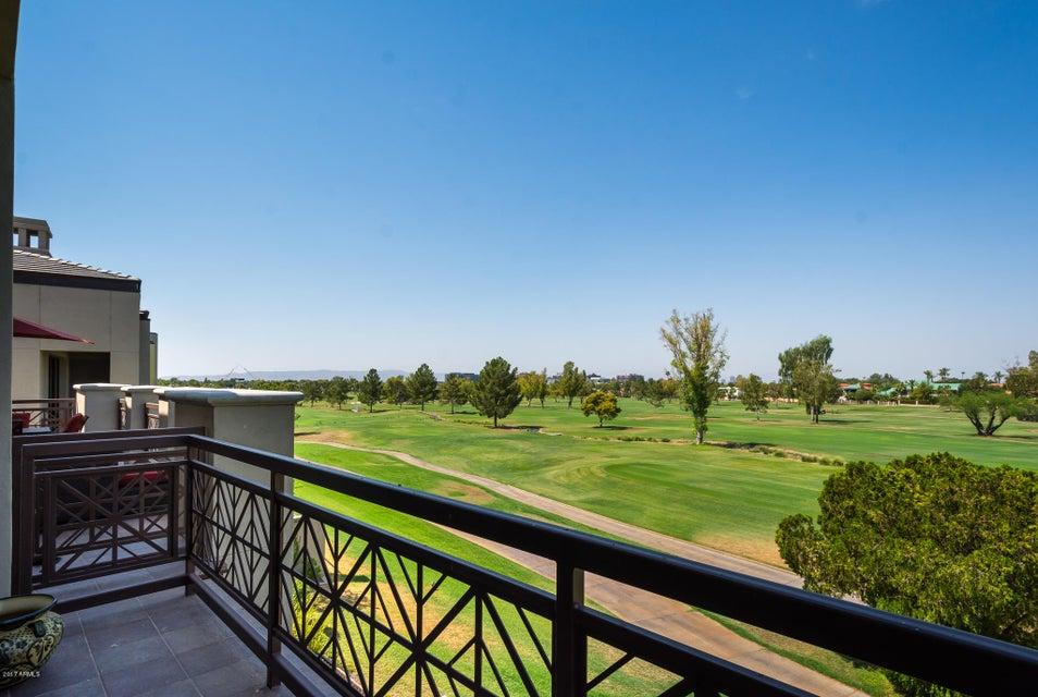 MLS 5636847 2 BILTMORE Estate Unit 205 Building 2, Phoenix, AZ 85016 Phoenix AZ Three Bedroom