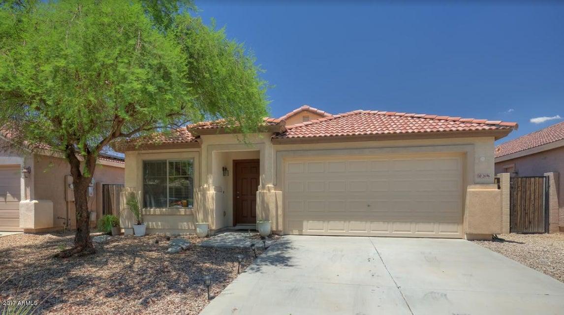 2696 E SILVERSMITH Trail, San Tan Valley, AZ 85143