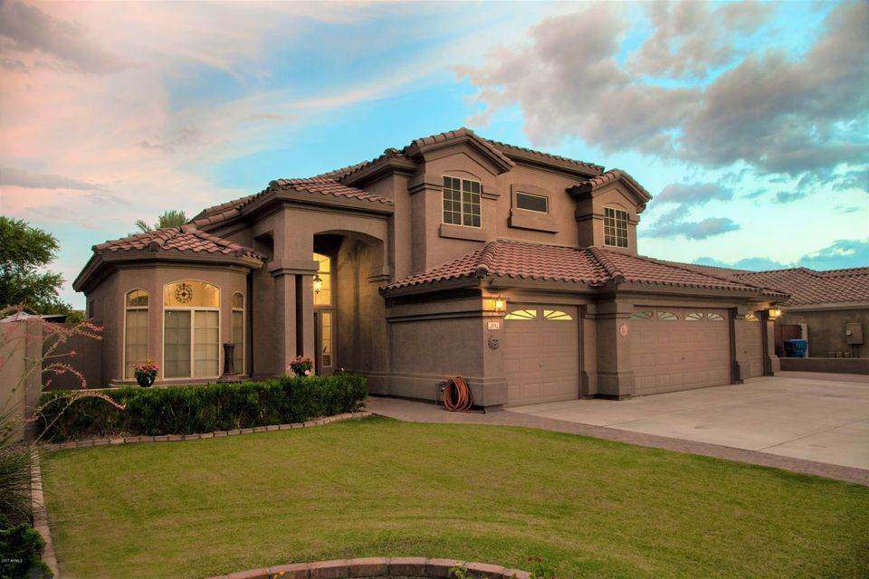 115 W SHEFFIELD Avenue, Gilbert, AZ 85233