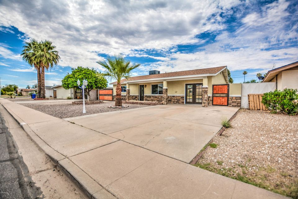 2037 E BRAMBLE Avenue, Mesa, AZ 85204
