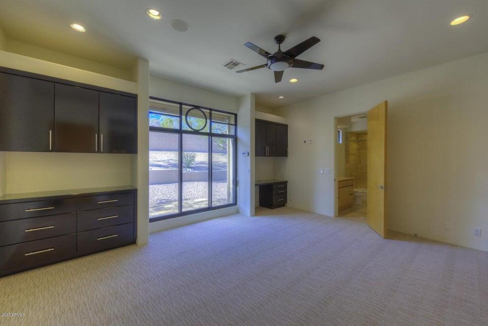 8040 N RIDGEVIEW Drive Paradise Valley, AZ 85253 - MLS #: 5637412