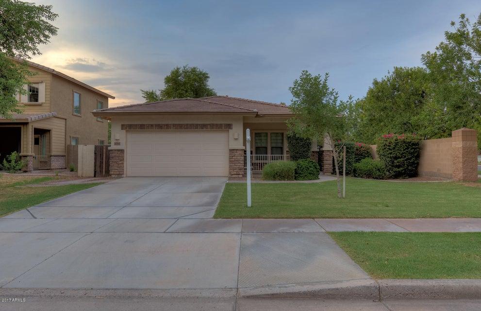 4294 E WASHINGTON Court, Gilbert, AZ 85234