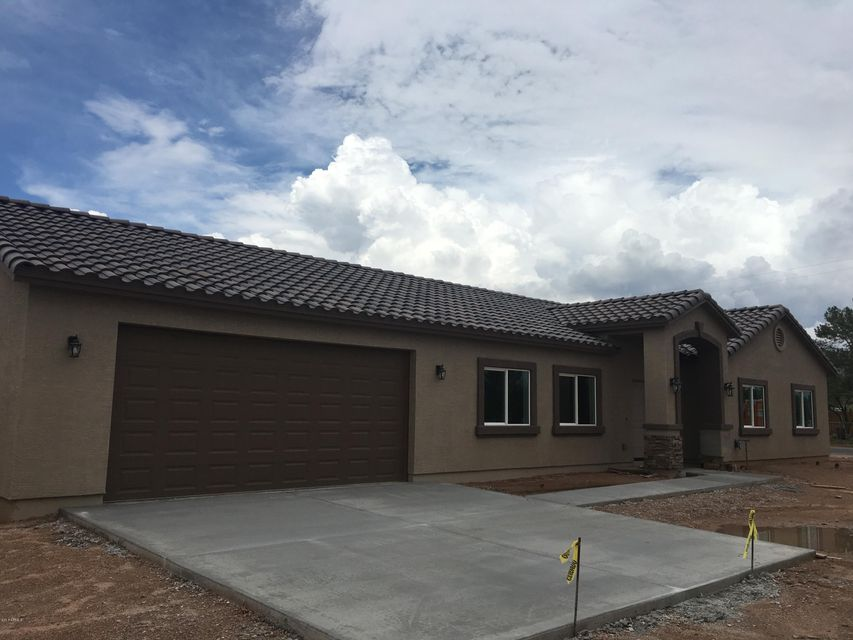 3022 W 14th Avenue, Apache Junction, AZ 85120