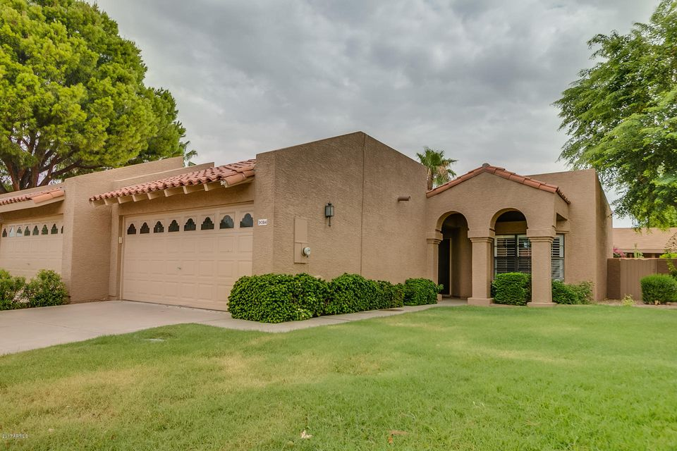 9084 E WINCHCOMB Drive, Scottsdale, AZ 85260