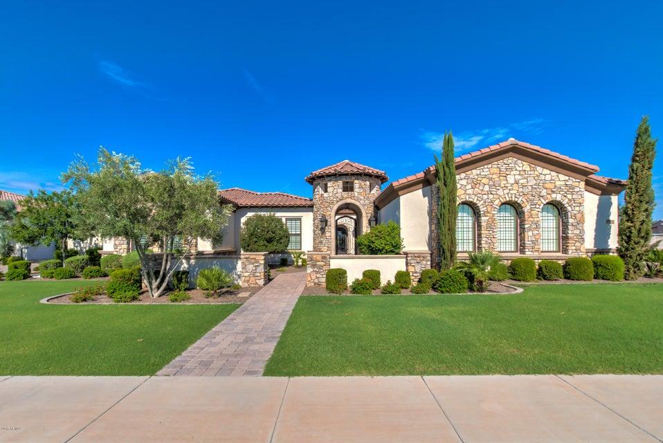 5740 S GEMSTONE Drive, Chandler, AZ 85249