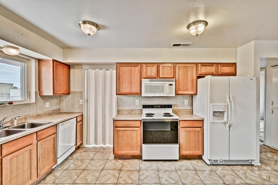 10716 W HOPE Drive Sun City, AZ 85351 - MLS #: 5638612