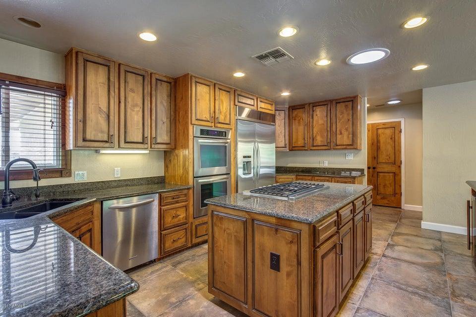 8621 E WELDON Avenue Scottsdale, AZ 85251 - MLS #: 5638321