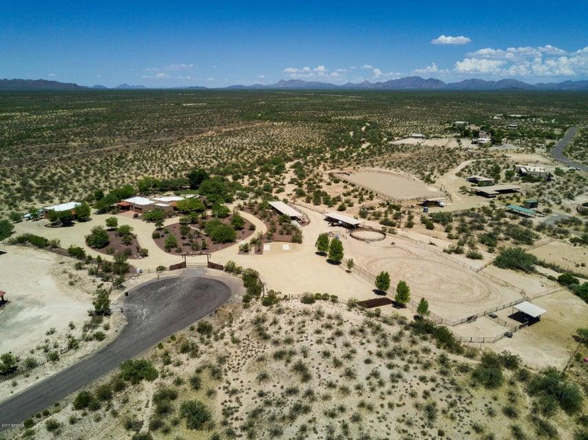 MLS 5502624 35450 S GOLD ROCK Circle, Wickenburg, AZ 85390 Wickenburg AZ Equestrian