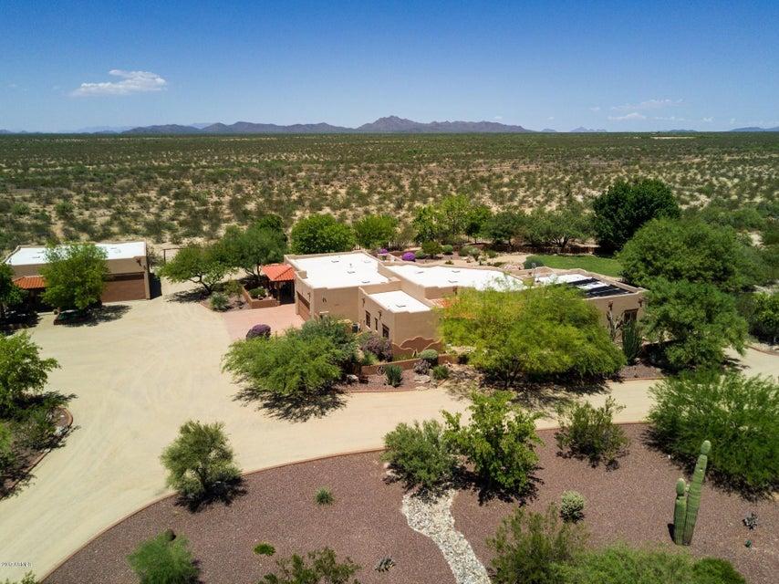 MLS 5502624 35450 S GOLD ROCK Circle, Wickenburg, AZ 85390 Wickenburg AZ One Plus Acre Home