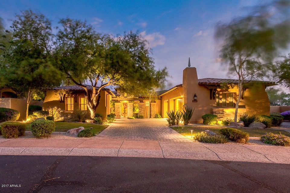 Photo of 8225 E TAILFEATHER Drive, Scottsdale, AZ 85255