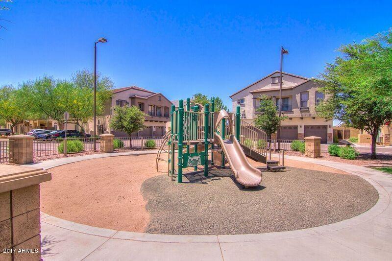 MLS 5640014 2727 N PRICE Road Unit 81, Chandler, AZ Chandler AZ Gated