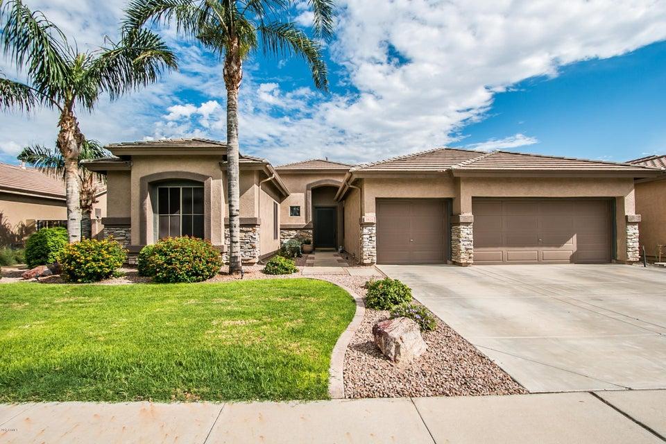 Photo of 3826 E MEADOWVIEW Drive, Gilbert, AZ 85298