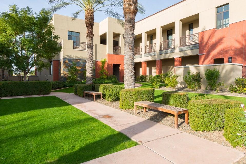 MLS 5633323 2 BILTMORE Estate Unit 205 Building 2, Phoenix, AZ 85016
