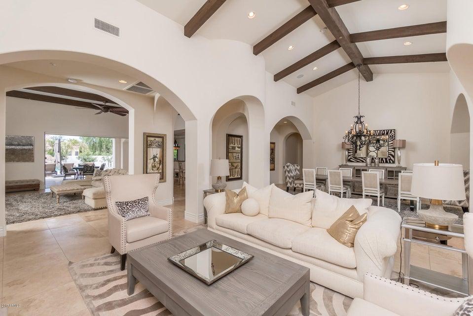 Additional photo for property listing at 8312 E Kalil Drive  Scottsdale, Arizona,85260 United States