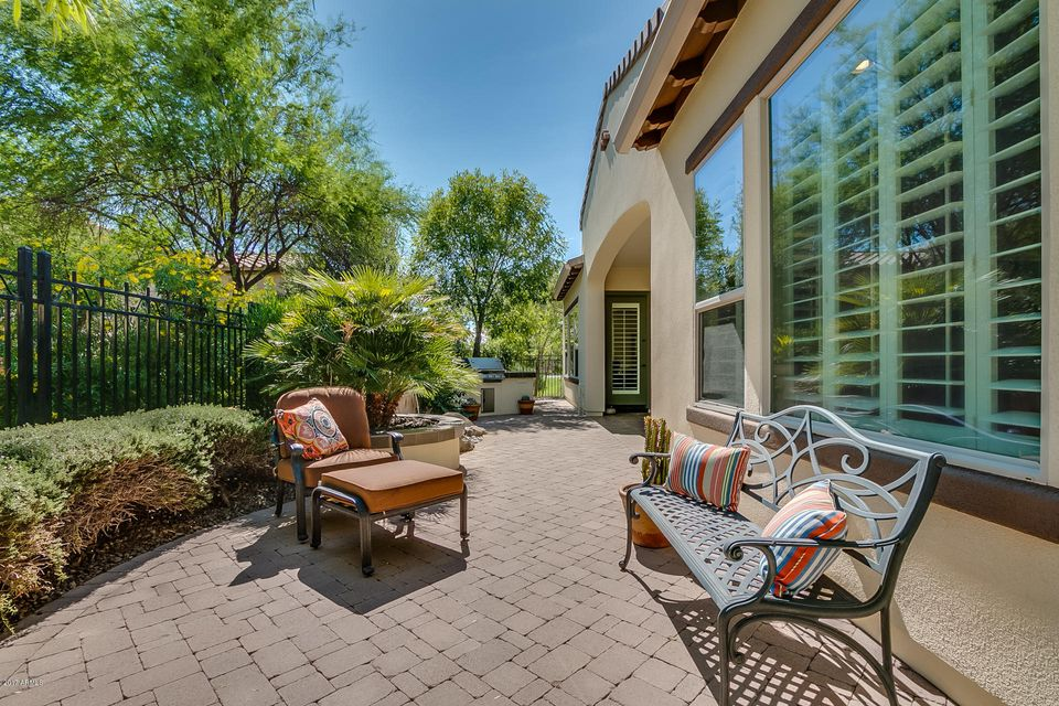 MLS 5641672 1677 E HARMONY Way, San Tan Valley, AZ 85140 San Tan Valley AZ Pool