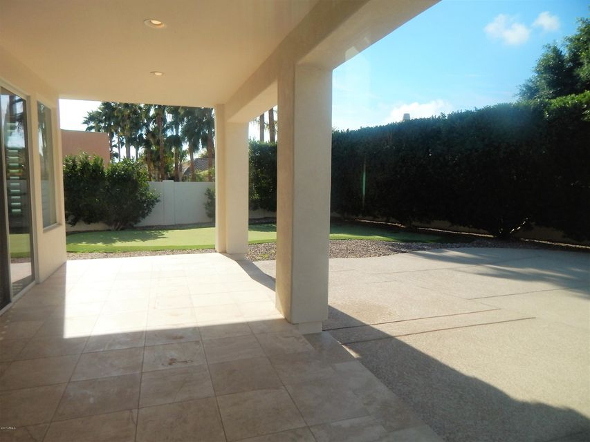 MLS 5642880 330 N CLOVERFIELD Circle, Litchfield Park, AZ 85340 Litchfield Park AZ Golf