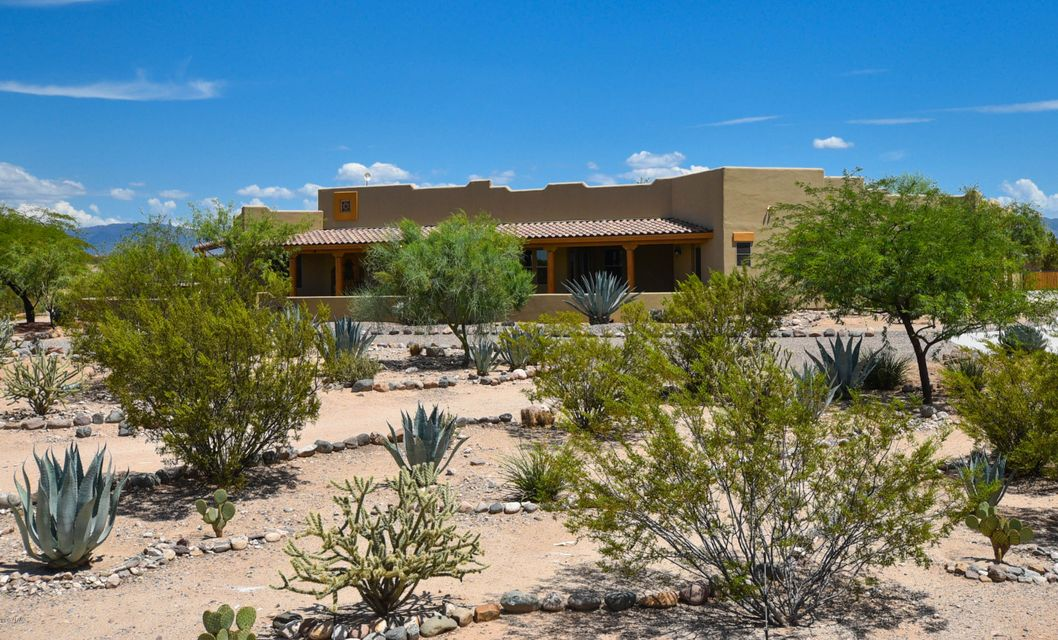 MLS 5636204 21750 W EL GRANDE Trail, Wickenburg, AZ Wickenburg AZ Luxury