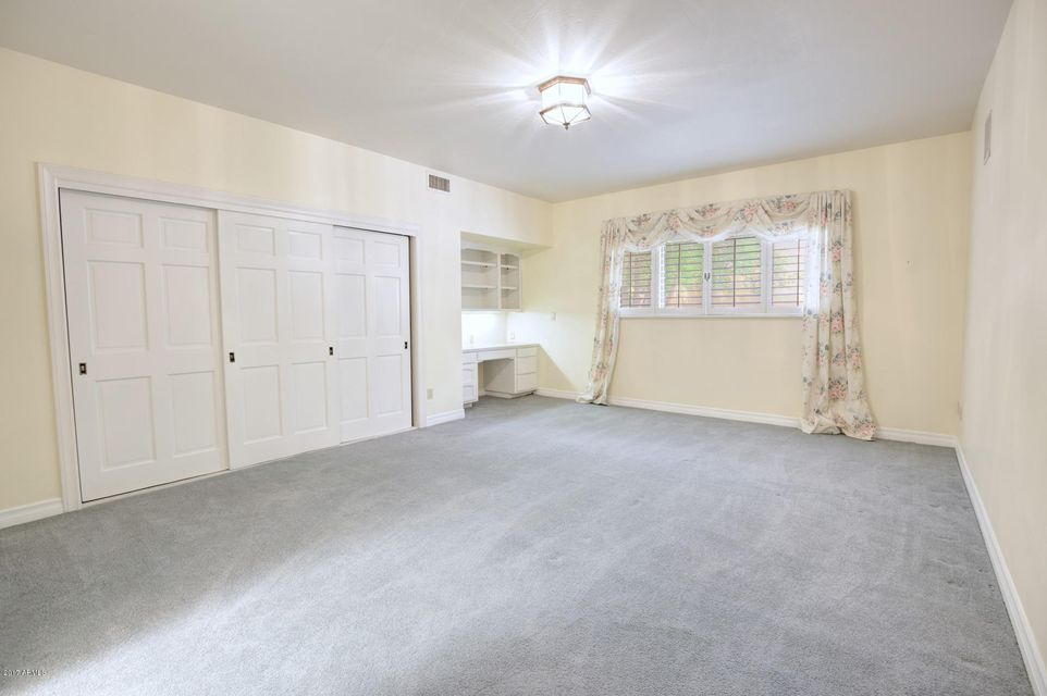 Additional photo for property listing at 6417 N 61st Place 6417 N 61st Place 天堂谷, 亚利桑那州,85253 美国