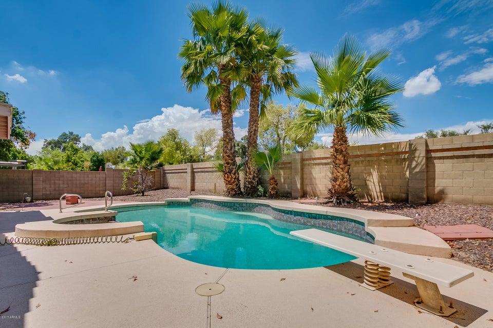 MLS 5642672 10934 W Ashland Way, Avondale, AZ 85392 Avondale AZ Private Pool