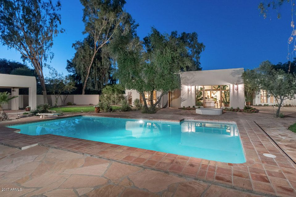 Additional photo for property listing at 9242 N 52nd Street  Paradise Valley, Arizona,85253 United States