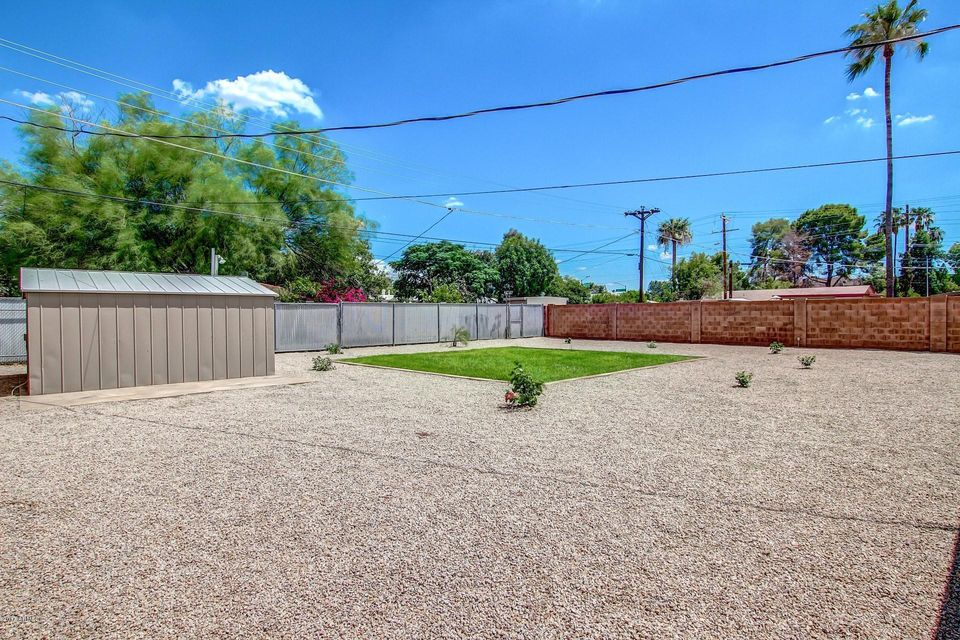 2319 N 39TH Place Phoenix, AZ 85008 - MLS #: 5638814