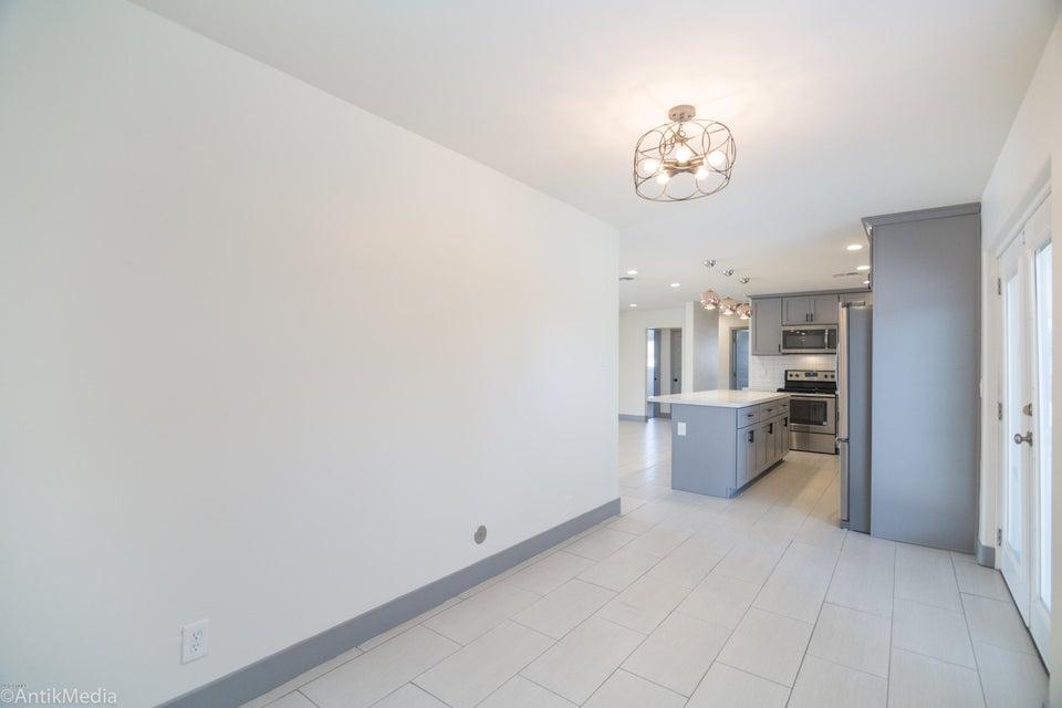 6805 N 12TH Street Phoenix, AZ 85014 - MLS #: 5645454