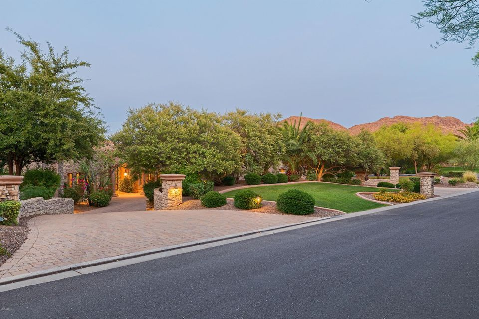 8305 N RIDGEVIEW Drive Paradise Valley, AZ 85253 - MLS #: 5643332