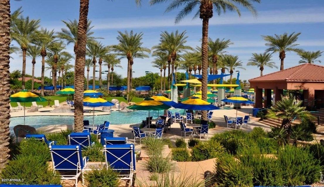 MLS 5643607 15583 W GRAND CREEK Lane, Surprise, AZ Surprise AZ Private Pool