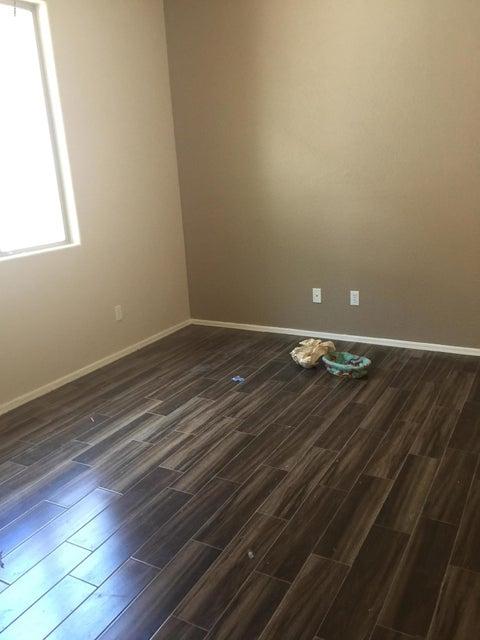 MLS 5642959 8360 W SPUR Drive, Peoria, AZ 85383 Peoria AZ Short Sale