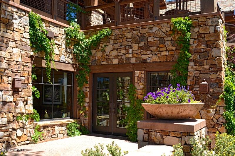 MLS 5645431 1402 E CASTLE HILLS Drive, Flagstaff, AZ Flagstaff AZ Luxury