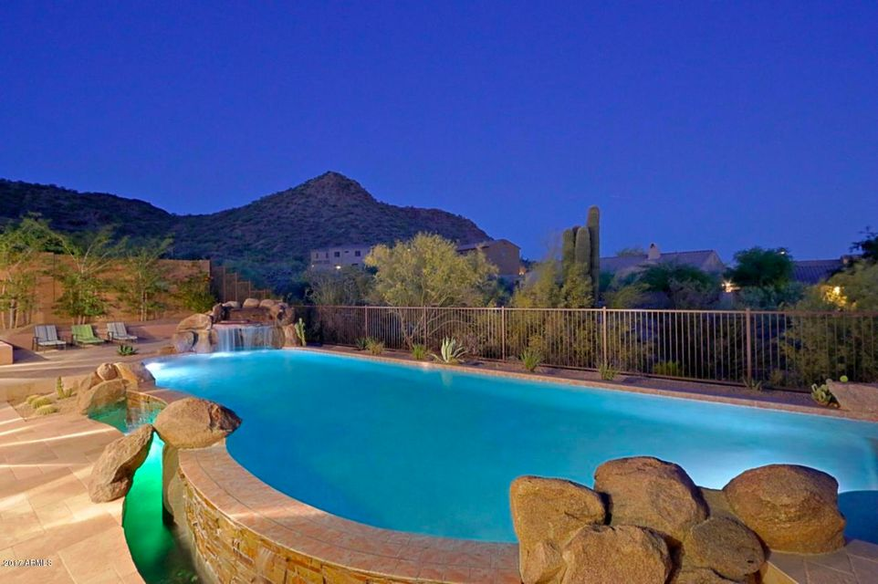 Photo of home for sale at 2507 Via Savelli W, Phoenix AZ