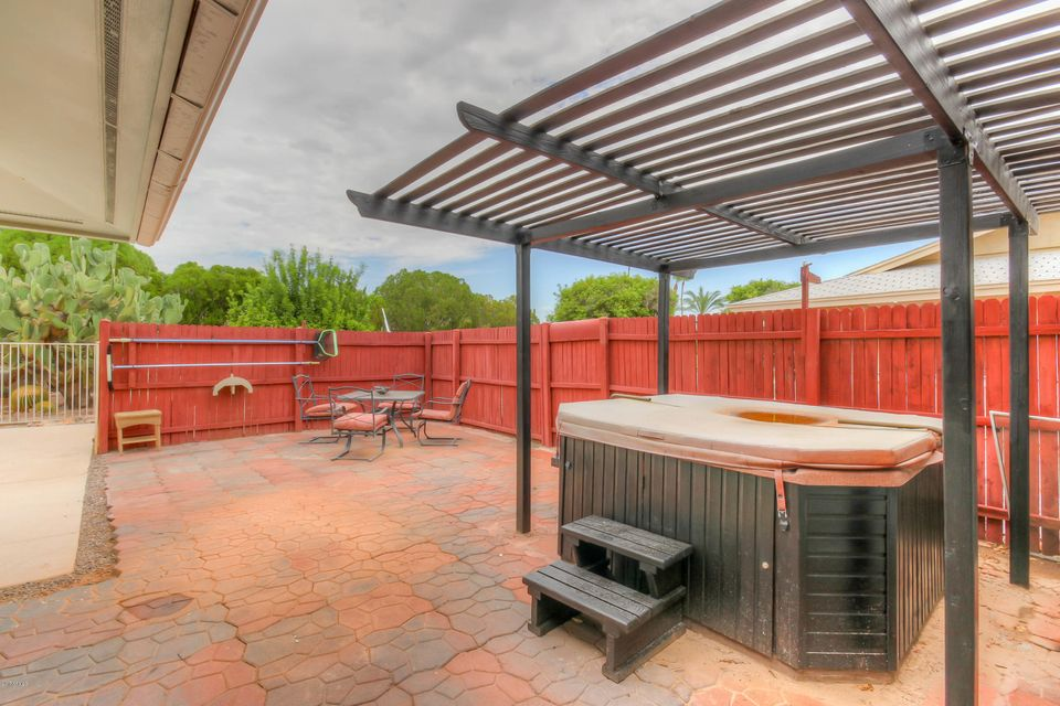 MLS 5644165 10538 W MEADE Drive, Sun City, AZ Sun City AZ Private Pool