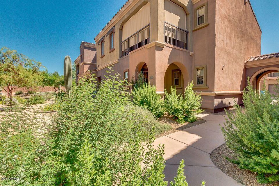 Photo of 3935 E ROUGH RIDER Road #1023, Phoenix, AZ 85050