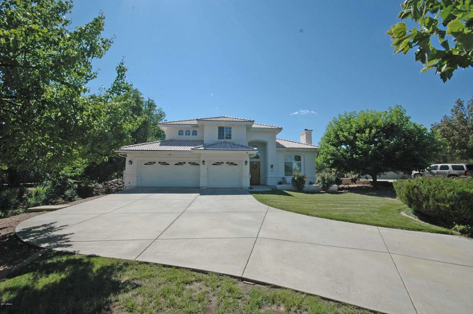 Photo of home for sale at 1674 EAGLE Cliff, Prescott AZ