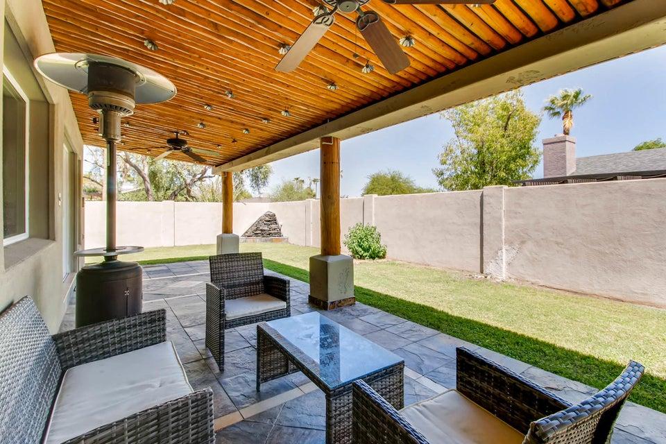 MLS 5648658 9811 N 27th Place, Phoenix, AZ 85028 Phoenix AZ Paradise Valley Oasis