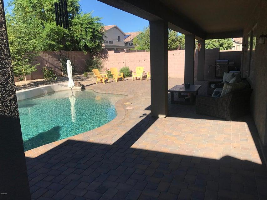 MLS 5648912 2214 W SPUR Drive, Phoenix, AZ 85085 Phoenix AZ Valley Vista