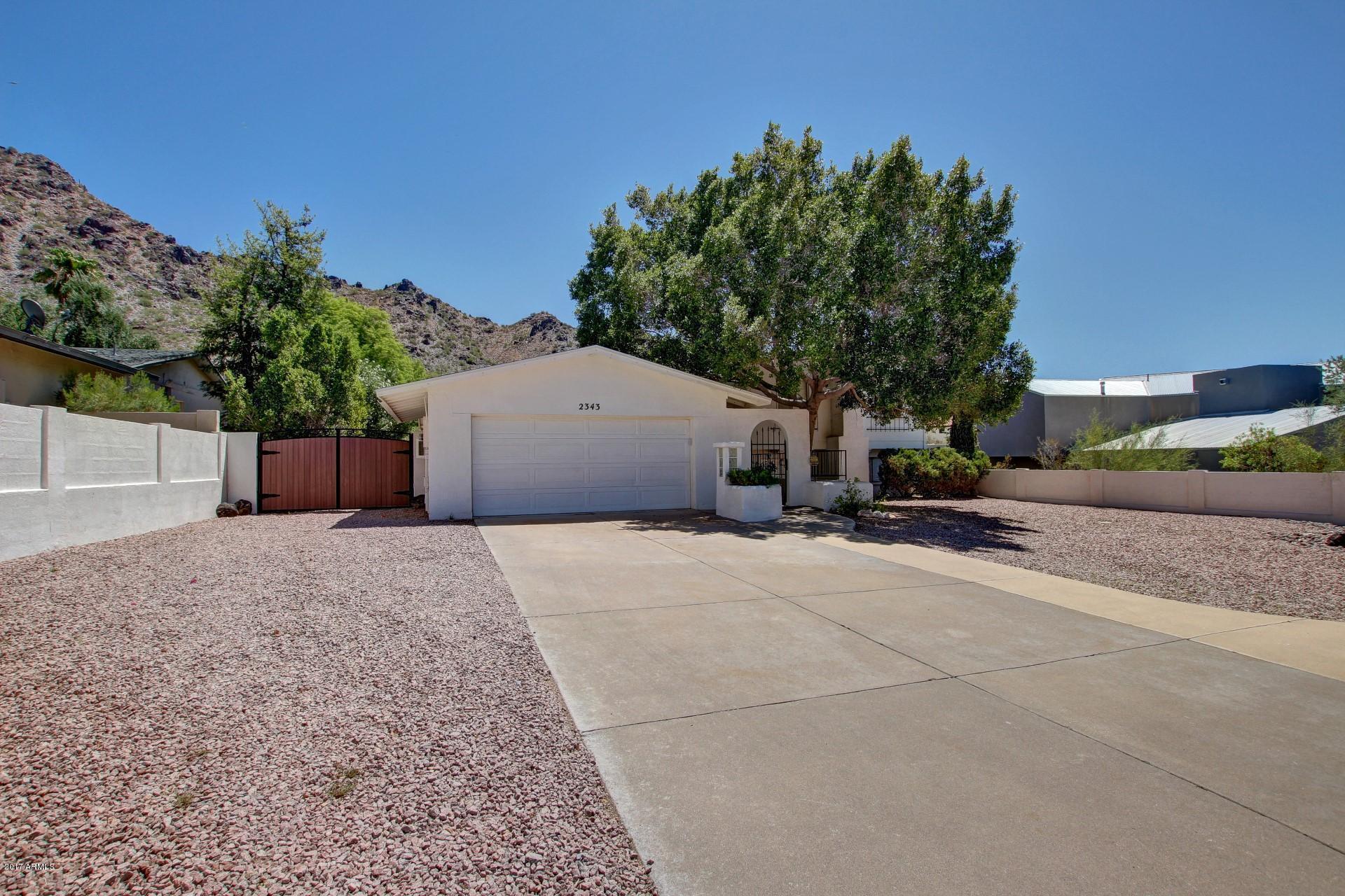 2343 E ORANGEWOOD Avenue, Phoenix AZ 85020