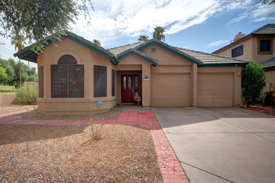 Photo of home for sale at 19817 76TH Avenue N, Glendale AZ