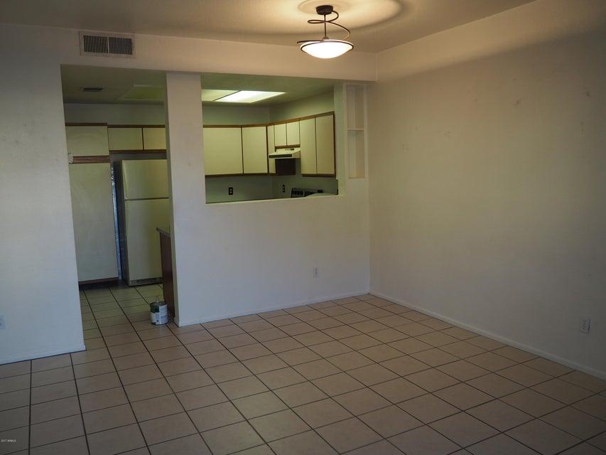 MLS 5646810 2201 N COMANCHE Drive Unit 1067, Chandler, AZ 85224 Chandler AZ Condominium