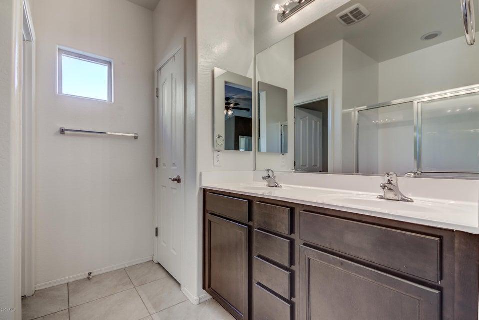 2719 E HICKORY Street Gilbert, AZ 85298 - MLS #: 5651387
