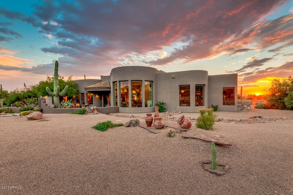 Photo of 7112 E GRAND VIEW Lane, Apache Junction, AZ 85119