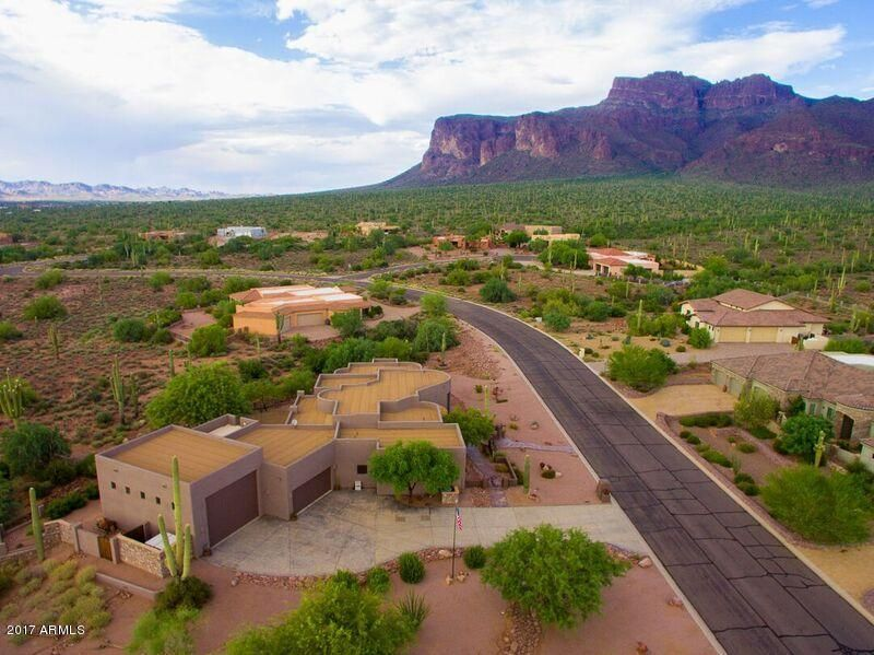 MLS 5655079 7112 E GRAND VIEW Lane, Apache Junction, AZ 85119 Apache Junction AZ One Plus Acre Home