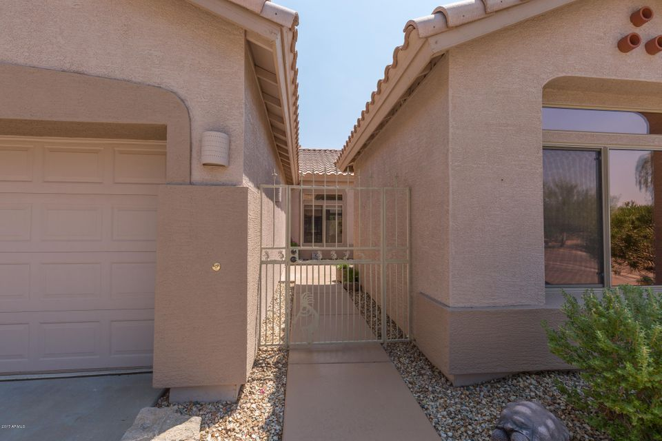 5361 S JOSHUA TREE Court Photo 4