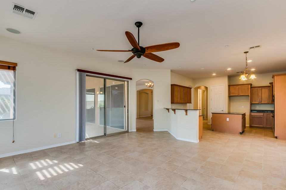 MLS 5654757 12340 W MILTON Drive, Peoria, AZ 85383 Peoria AZ REO Bank Owned Foreclosure