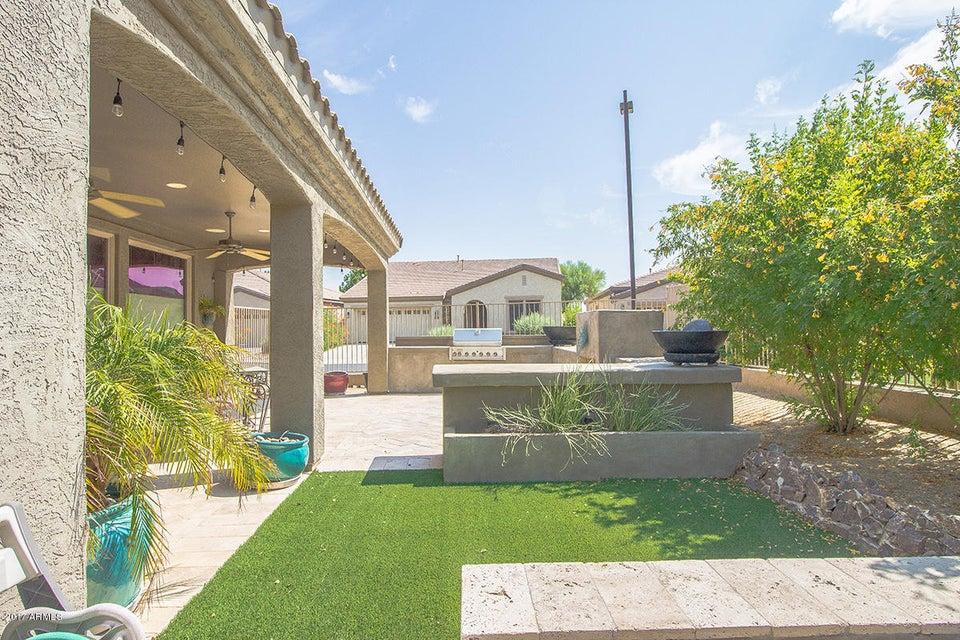 Photo of 4287 E NARROWLEAF Drive, Gilbert, AZ 85298