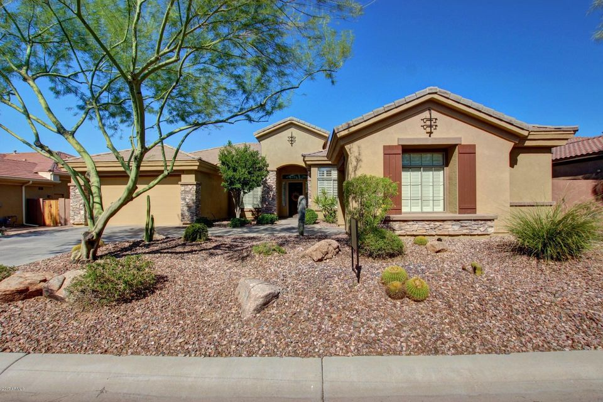40310 N LYTHAM Way, Phoenix AZ 85086