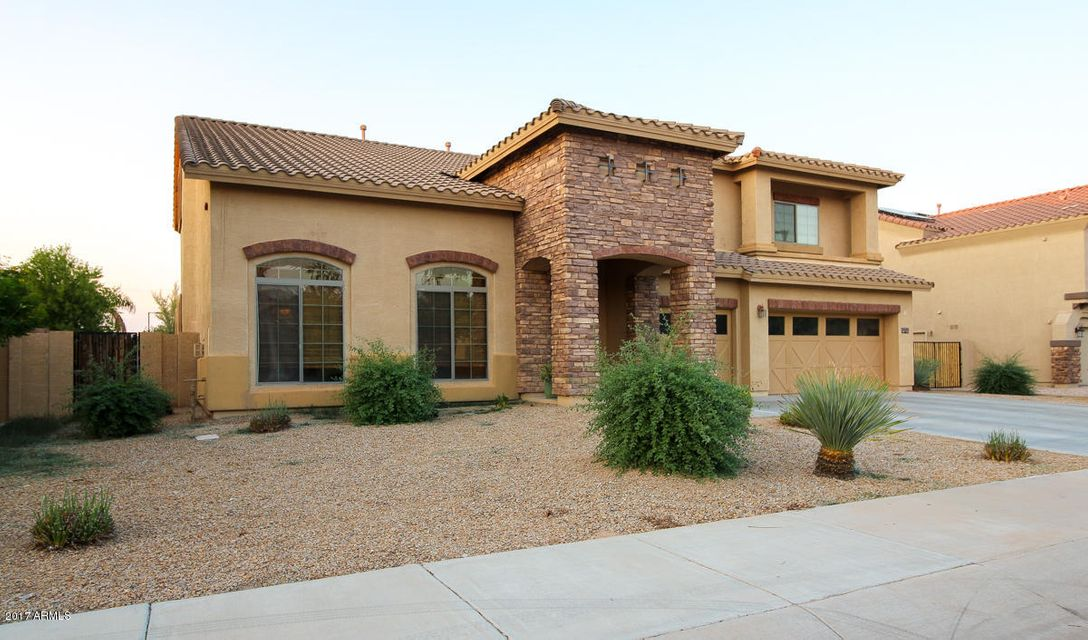 MLS 5655618 15298 W SELLS Drive, Goodyear, AZ 85395 Goodyear AZ Palm Valley