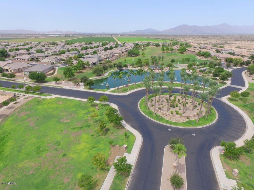 MLS 5656531 44255 W HIGH DESERT Trail, Maricopa, AZ Maricopa AZ Cobblestone Farms