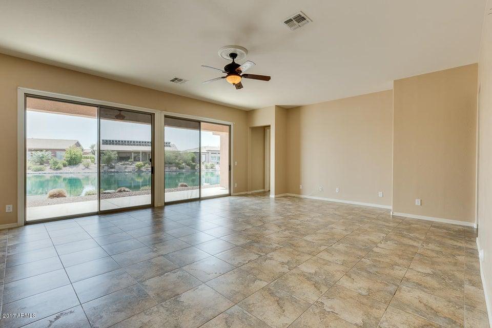 Photo of 42569 W SANDPIPER Drive, Maricopa, AZ 85138